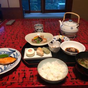 京都で朝食、広島で昼食、京都で夕食