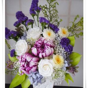 【新作】ホワイトパープルの仏花