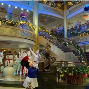【41】Santa's Winter Wonderland Ball