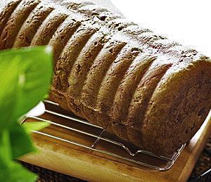 二日かけて、餡子の丸型食パン