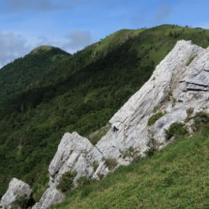 ひと月ぶりの山行はゆるりのんびり: 塔丸その1