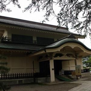 上杉神社稽照殿(山形県米沢市)