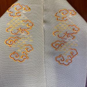 日本刺繍の半襟