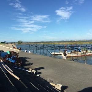桑名の港 赤須賀漁港 釣りとはまぐり