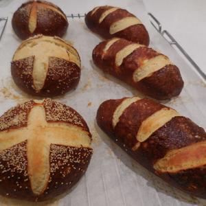 ★パン教室 ~ラウゲンブロート~