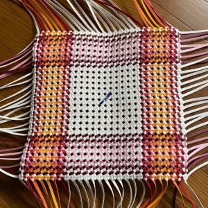 ■ただ今作成中 ~ななめ石畳(よつだだみ)編みの買い物バック~ 基本の正方形