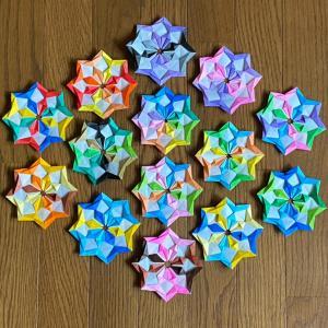 折り紙【クリスタルの花】