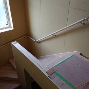 階段上柵 イメージ違い お家新築その62