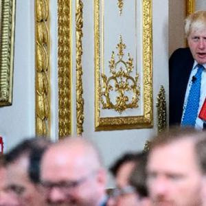 イギリスのジョンソン首相、公共放送BBCの受信料「廃止」を示唆     ザ・リバティWeb    「放送が受信料に見合っていない」と96%が回答