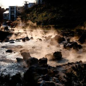 草津温泉には地獄の執行官・草津赤鬼がいる  ザ・リバティWeb 温泉の効能は「憑いているもの」をはがす?/草津赤鬼が特に焼きを入れているのは〇〇〇員?