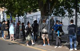 新型コロナ、欧州で「驚くべき速さ」で拡大 WHOが警鐘  AFP  「1日の新規感染者数が約5万4000人と過去最多記録を更新」