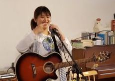 12/13(日)【ミニライブ】きゃんべる☆初写真展~ギターと歩む日々~