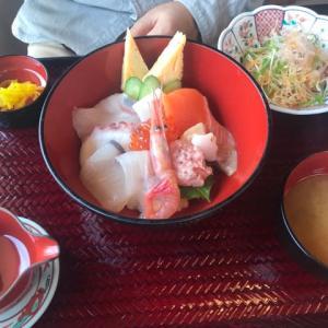 美味しい海鮮丼と和倉温泉