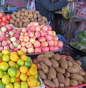 インドのフルーツ(キーウィ)。