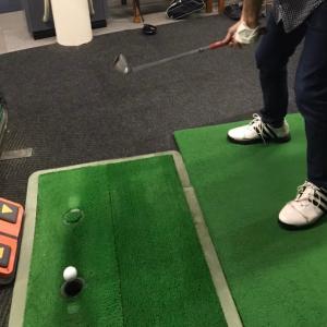 ゴルフの練習。