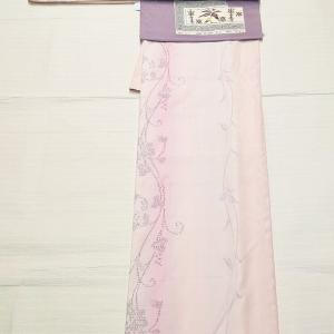 薄紫色のグラデーションの結城紬~おすすめの名古屋帯としゃれ袋帯~