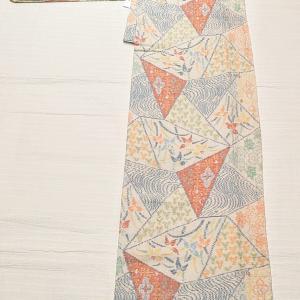 カラフルな結城縮み 単衣~リバーシブルの博多織りの半幅帯~