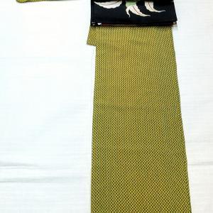 矢羽根柄の単衣小紋~桃柄の京袋帯~
