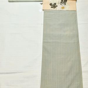 薄緑色 ストライプ紬~くるり 菊しだれ~