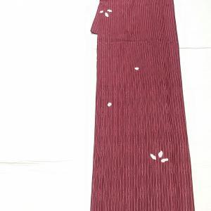 綸子地の絞り小紋~上質な博多織りの半幅帯~
