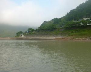 2011年6月5日 激濁りの風屋ダム