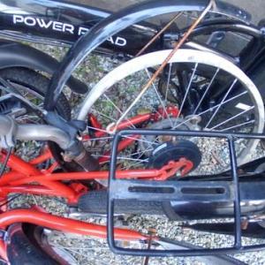 自転車と予備燃料