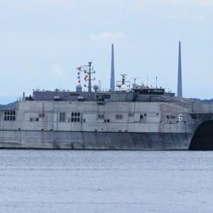 遠征用高速輸送艦「ブランズウイック」