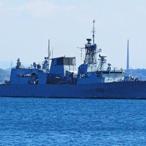 出航~カナダ海軍「ウィニペグ」
