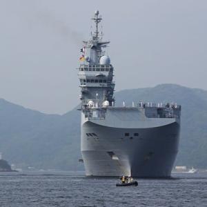 フランスの強襲揚陸艦「トネール」~佐世保入港