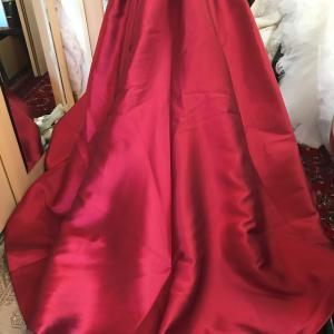 ミラノのレッドドレス