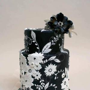 ブラック&ホワイトのウェディングケーキ