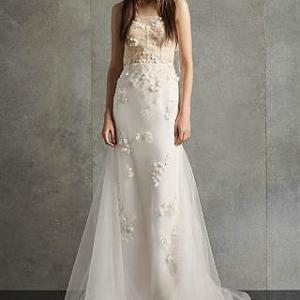 ホワイトバイヴェラウォン 2020年新ドレス