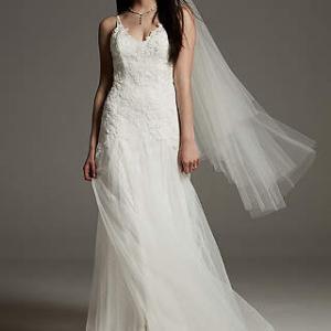 ホワイトバイヴェラウォン $500レースドレス