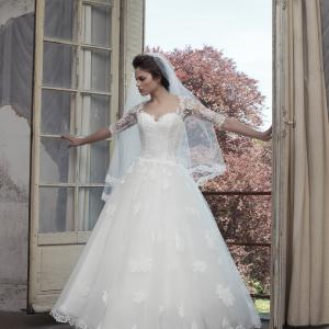 フランスブランド・シンベリンのドレス