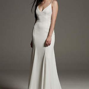 アメリカではポピュラーなホワイトバイヴェラのドレスとは・・・