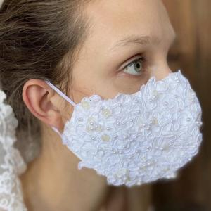 コロナの中のウェディング花嫁様のマスク