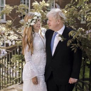 大人婚 イギリス首相の場合