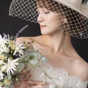 ウェディングドレス&帽子