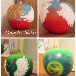 月と太陽のリンゴと新月