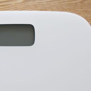 無印良品 × タニタの体重計「ヘルスメーター」が届きました