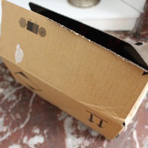 箱が開けられていたけど、無事で安心した日本未入荷コスメ