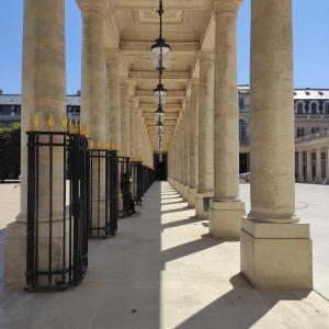 (春)夏バテとパリで始めての光景