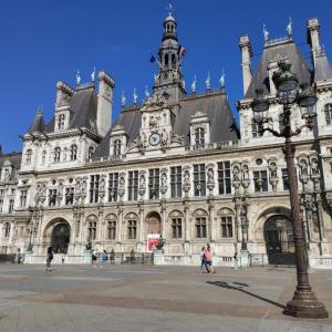 パリの景色と市民のギャップ