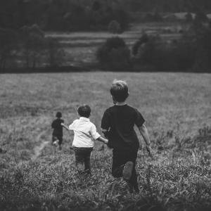 小学生男子の反抗期が怖い!乗り切るために取るべき母親の対応とは?