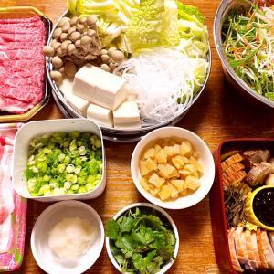 今年もよろしくお願いします。年末年始の晩御飯、コストコレポ(丸鶏、骨付きカルビ、帆立)