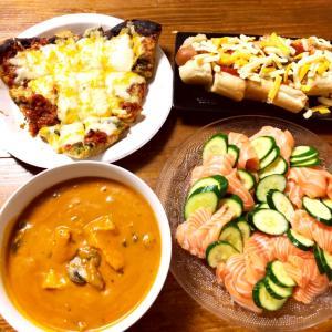 コストコデーの晩御飯、チキントマトビスク、アトランティックサーモン、フードコート