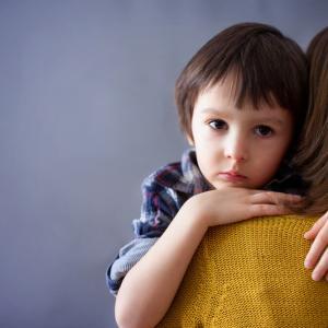【不登校】転校をしてくれない子の不安心理とは?