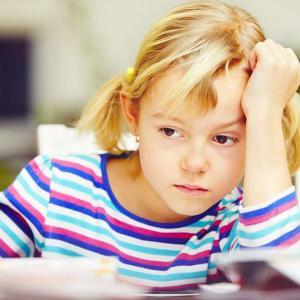 【不登校】学校ストレスに負ける弱い子