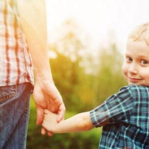【不登校】子育てで一番大切な褒め方とは?