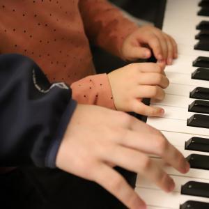 """""""【保育士・教員向け】子供達を楽しませる歌とピアノ伴奏のために、学ぶこと。"""""""